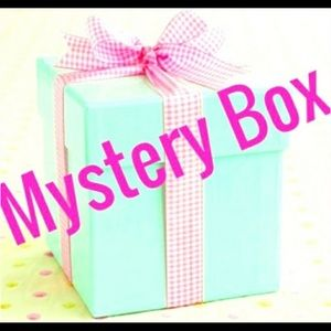 💗💋💗8-10 Piece Resellers Mystery Box